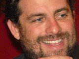 Brett Ratner signs to produce an upcoming 3D version of Snow White.