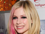 "Avril Lavigne admits that she's ""addicted"" to wearing black eye liner and is ""obsessed"" with it."