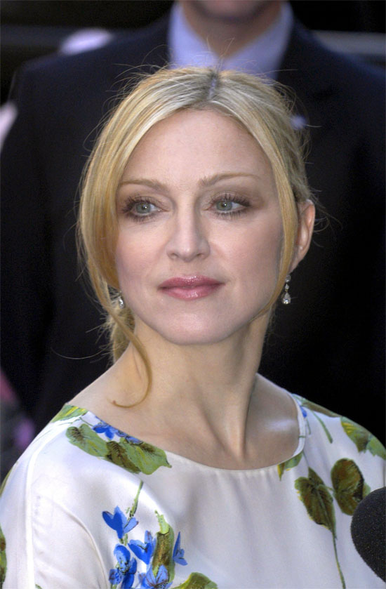 Madonna 2003 Images &a...