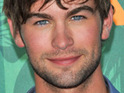 Gossip Girl actor Chace Crawford says that he loves singing karaoke with his co-stars.