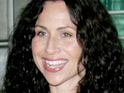 Minnie Driver recalls helping a drunk actress at the Golden Globe Awards.