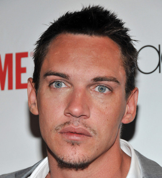 jonathan rhys meyers tudors season 3. Jonathan Rhys Meyers at the