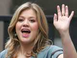 Kelly Clarkson leaving the GMTV studios in London