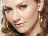 TV Interview: Becki Newton