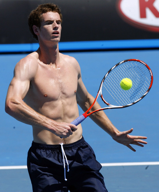 550w_gayspy_shirtless_tennis_8.jpg