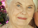 Lois Smith signs up to star in at least two episodes of Desperate Housewives.
