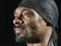 Snoop Dogg will perform with Willie Nelson at this weekend's Glastonbury Festival, according to reports.