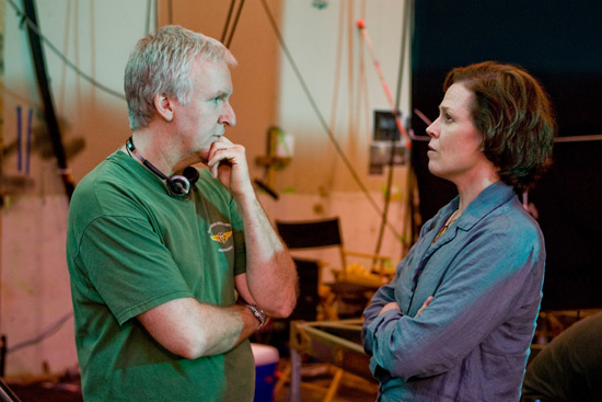James Cameron, Sigourney Weaver