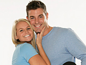 Jordan Lloyd and Jeff Schroeder in The Amazing Race