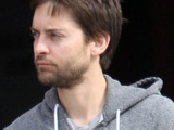 Tobey Maguire leaving a medical building in Beverly Hills. Los Angeles, California.