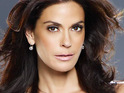 Teri Hatcher signs to play a guest role in an upcoming episode of Smallville.