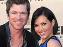 Rascal Flatts guitarist Joe Don Rooney announces his wife's pregnancy.