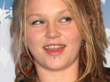 "Crystal Bowersox reveals that she is ""smiling with pure confidence"" after undergoing dental work."