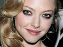 Amanda Seyfried admits that she is finding it hard to move on from ex-boyfriend Dominic Cooper.