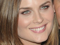 Bones actress Emily Deschanel weds her writer-actor partner David Hornsby.