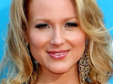 "Jewel says that she feels ""lucky"" to be a woman and experience pregnancy."