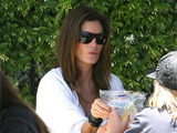 Cindy Crawford with her daughter Kaya enjoying lunch in Malibu, LA