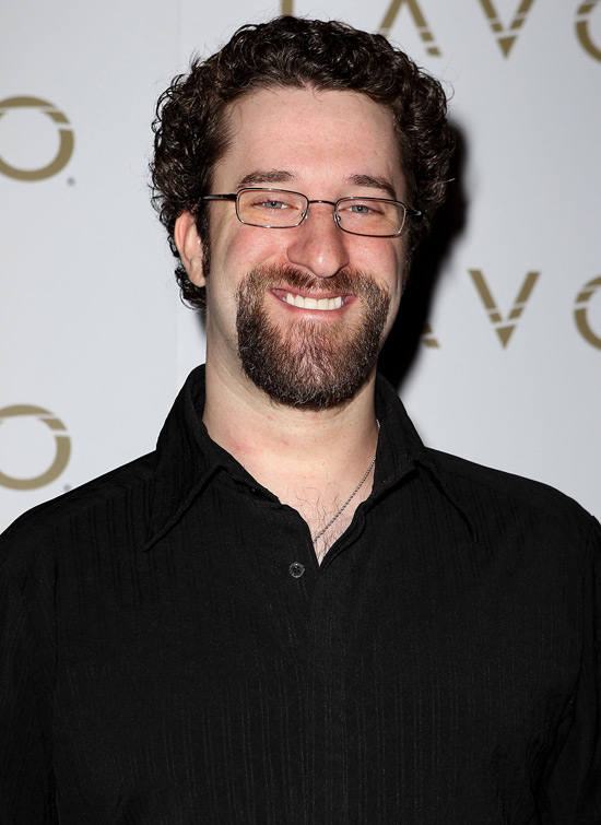 [Image: 550w_starsnaps_us_dustin_diamond.jpg]