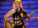 Crystal Bowersox says that she split from her boyfriend just before the Idol finale.
