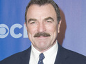 Tom Selleck says that he wants to play Magnum, PI in a new movie.