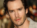 "Mark-Paul Gosselaar reveals that he has a ""graphic"" scene when he appears on Weeds."