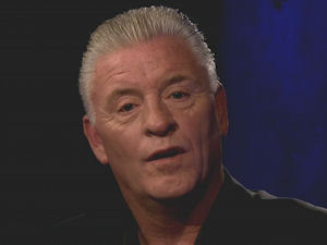 Derek Acorah attempting to contact the spirit of Michael Jackson