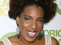 Macy Gray says that an early puberty made her the target of school bullies.