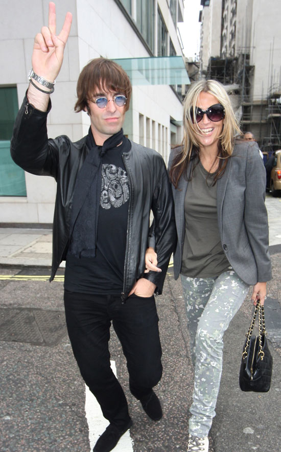 Previous next liam gallagher and his wife nicole appleton leaving nobu