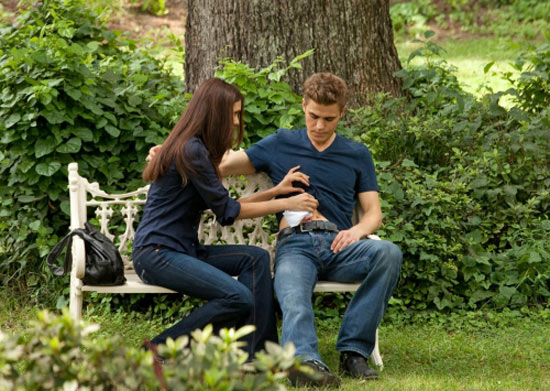 S02E01: Elena and Stefan