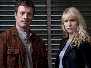 Jack (Toby Stevens) and Kate (Lucy Punch) from Vexed