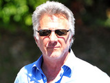 Dustin Hoffman leaves the Brentwood Country Mart in L.A
