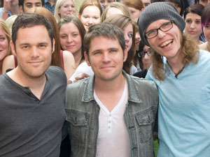Scouting For Girls perform a one-off pop up gig