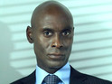 Lance Reddick admits that he is a fan of the new universe-hopping format on Fringe.
