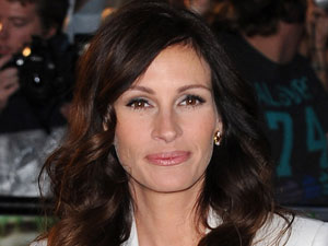 Julia Roberts at the &#39;Eat, Pray, Love&#39; UK film premiere