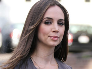 Eliza Dushku departs a Los Angeles salon