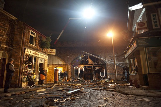 Behind the Scenes at Coronation Street, Explosion