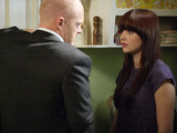 Aware Lauren is still upset about Bradley, a desperate Max secretly tells her that Bradley didn't murder Archie.