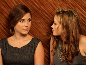 One Tree Hill: S08E05 - Hayley and Brooke