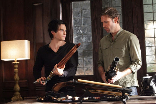 The Vampire Diaries: S02E07: Masquerade