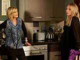 Glenda starts to prepare Ronnie for the worst by dropping hints about Roxy's mistake but Ronnie says she trusts Roxy.