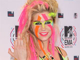 Ke$ha making a memorable appearance at the press room of the MTV Europe Music Awards