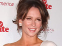 Jennifer Love Hewitt reveals that she did not expect Ghost Whisperer to be canceled.