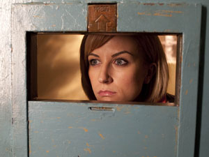 Becky McDonald (Katherine Kelly) behind bars
