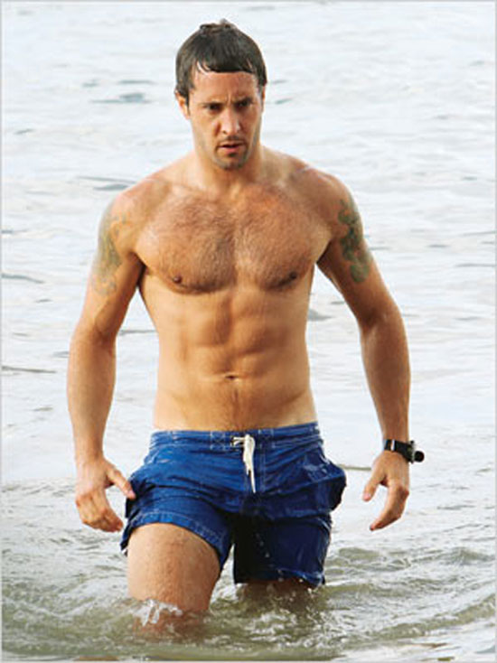 Gay Spy: Alex O'Loughlin