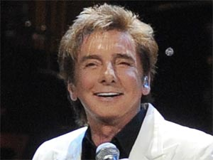 Barry Manilow performs live in concert in Florida