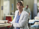 Grey's Anatomy S07E15 'Golden Hour': Meredith