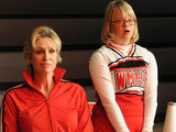 Glee: S02E11 - Sue and Becky