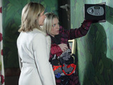 Glenda tells Roxy that they're going to break into Phil's house to steal the money from his safe.
