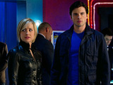 Smallville S10E15 'Fortune': Chloe and Clark