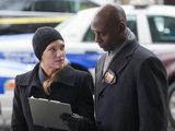 Fringe S03E16 'Os' Olivia and Broyles